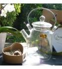 Théière + 2 fleurs de thé coeur